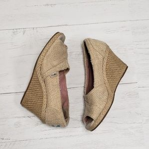 Women's Beige Cavas Tom's Wedges